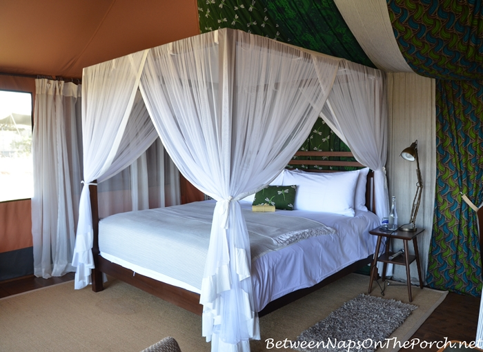 Mahali Mzuri Tent With Canopy Bed