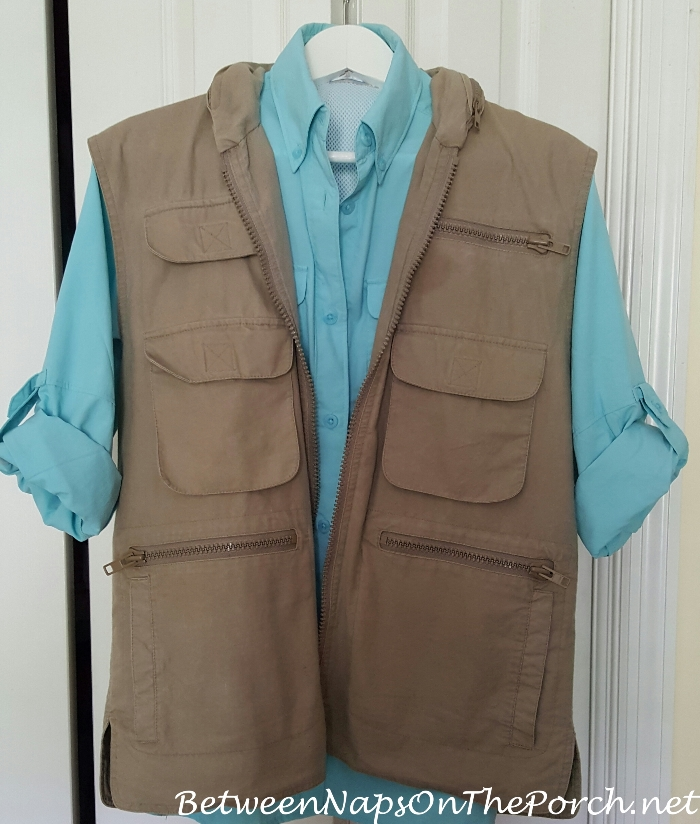 Photography Vest with Columbia Shirt for Safari Vacation Trip_wm