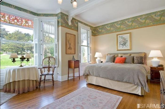San Francisco's Painted Lady Is Available For Purchase 12