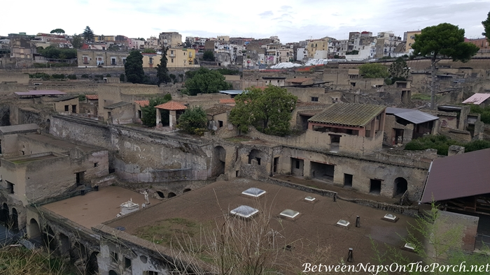 Herculaneum Ruins, Murals and Architecture 01