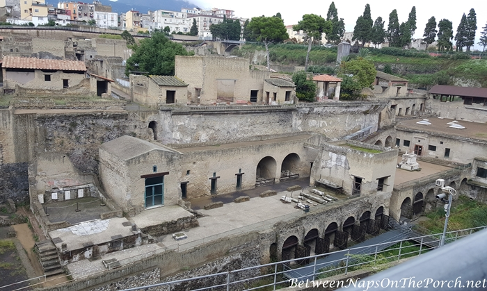 Herculaneum Ruins, Murals and Architecture 03