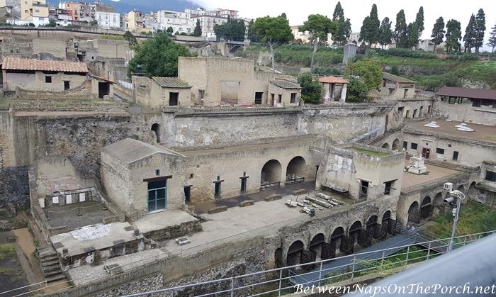 Herculaneum Ruins, Murals and Architecture 03