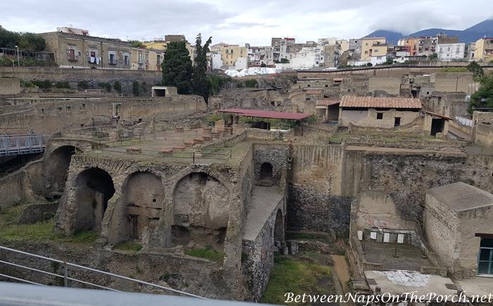 Herculaneum Ruins, Murals and Architecture 04