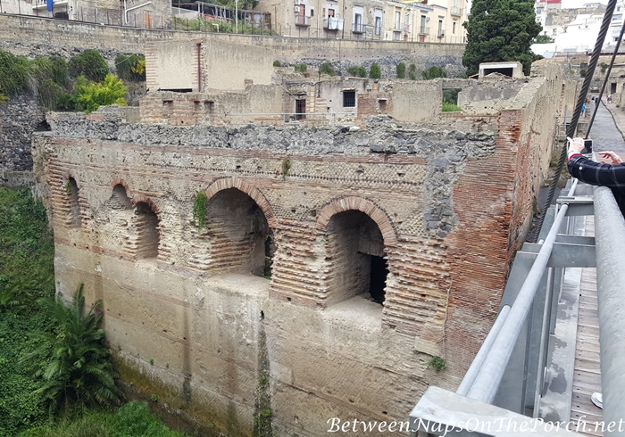 Herculaneum Ruins, Murals and Architecture 06