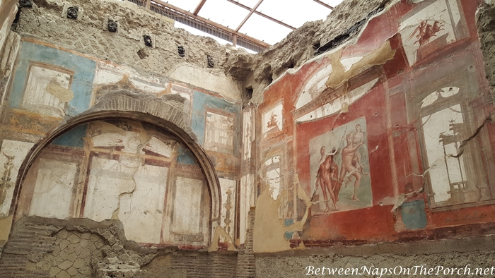 Herculaneum Ruins, Murals and Architecture 14