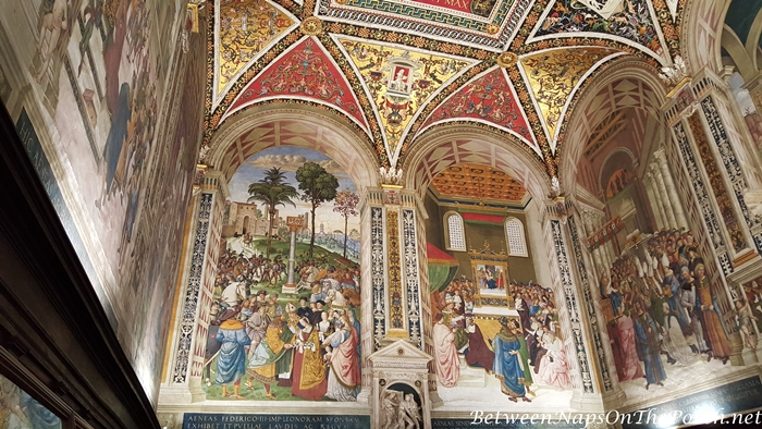 Piccolomini Library Ceiling, Siena Cathedral 2_wm