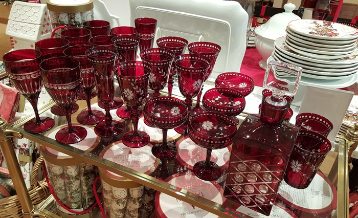Red Stemware for Christmas and Valentine's Day