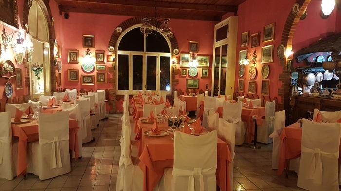 Romantic Dining in Italy 01