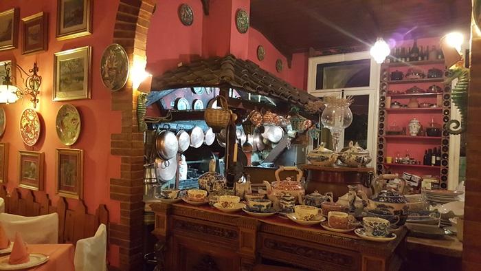 Romantic Dining in Italy 12