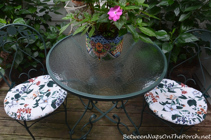 Save and Refurbish Outdoor Furniture with a Makeover