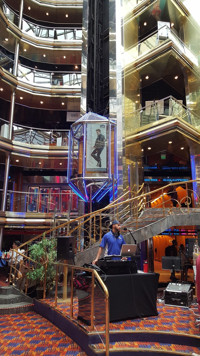 Carnival Ecstacy Ship, Sailing With the Scotts