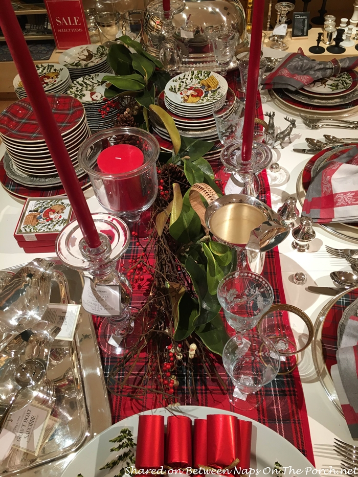 Christmas Table Setting with Tartan Runner