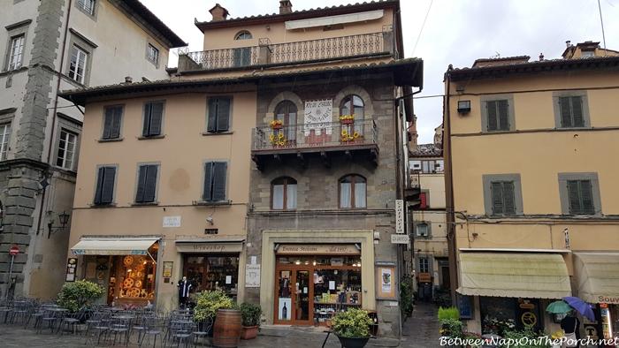 Cortona, Italy_wm