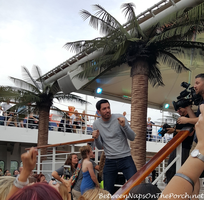 Drew Scott Dancing, Sailing With The Scotts