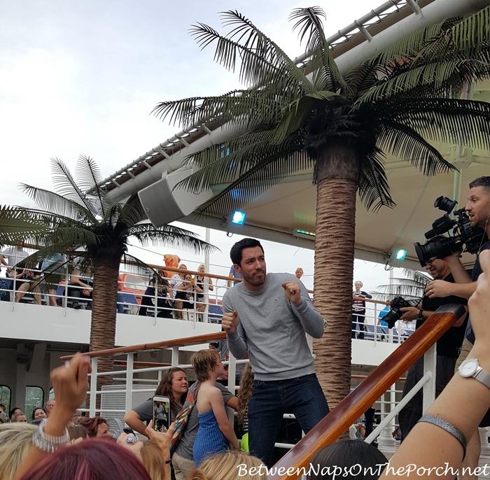 Drew Scott Dancing, Sailing With The Scotts
