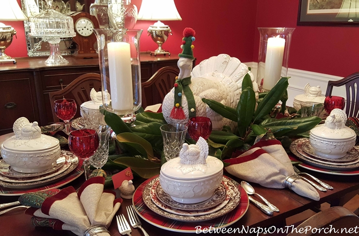 thanksgiving-table-setting-with-a-whimsical-turkey-centerpiece-in-scarf-and-hat