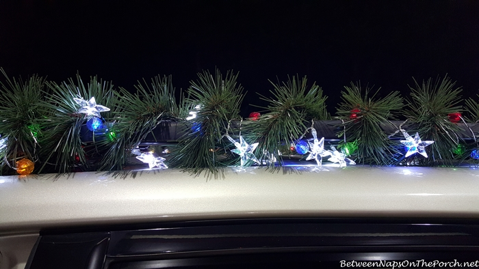 Decorate Your Car for Christmas 5