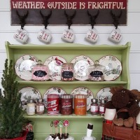 Create a Hot Cocoa Bar for Winter Entertaining