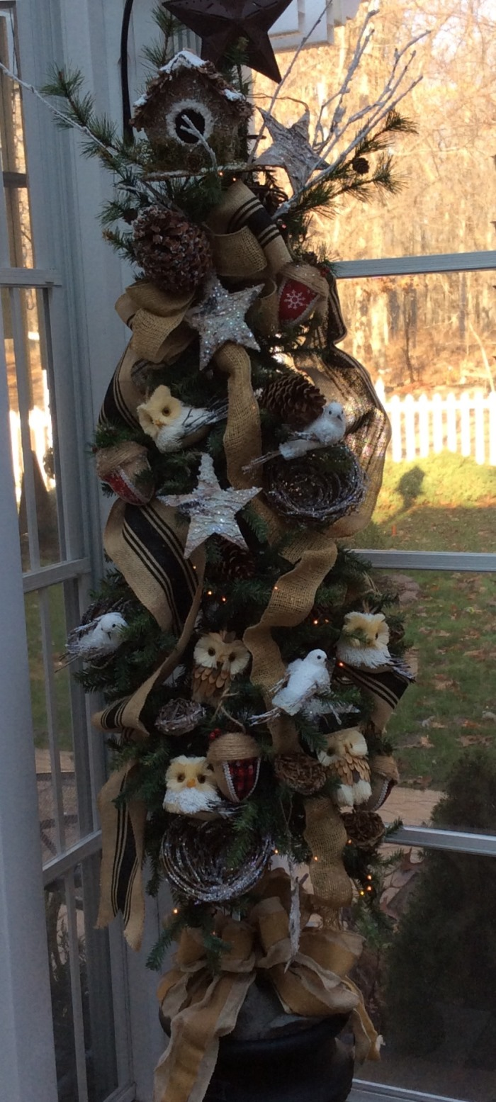 Owl Themed Christmas Tree