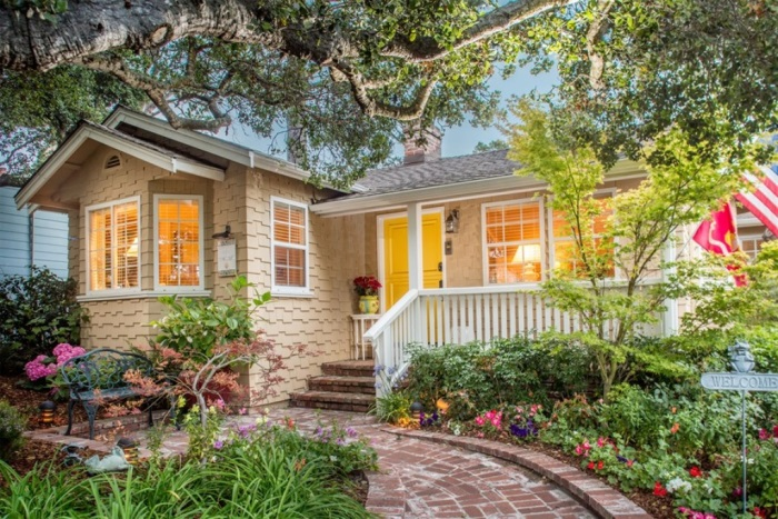 Cottage For Sale In Carmel By The Sea 07