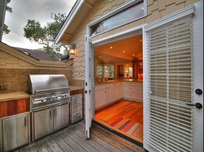 Cottage for Sale in Carmel-by-the-Sea 16