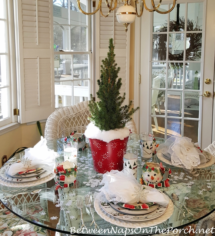 Winter Table Setting, Snowy Theme