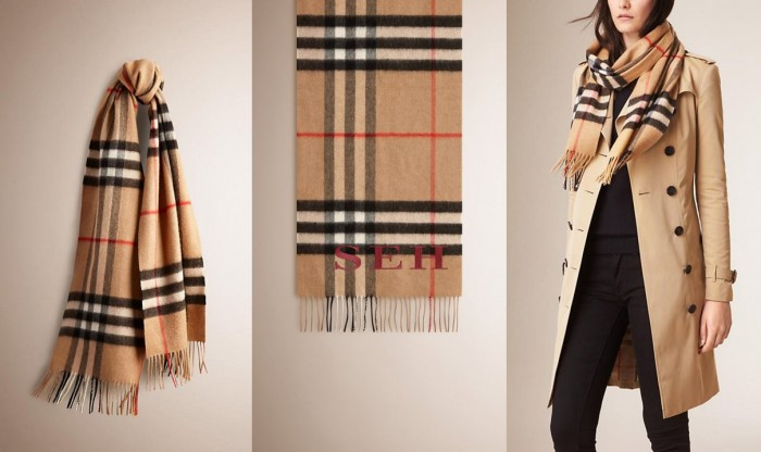 Burberry Classic Scarf in House Check