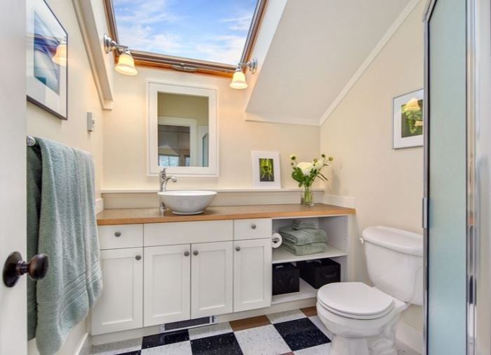 Cottage Bath with Skylight