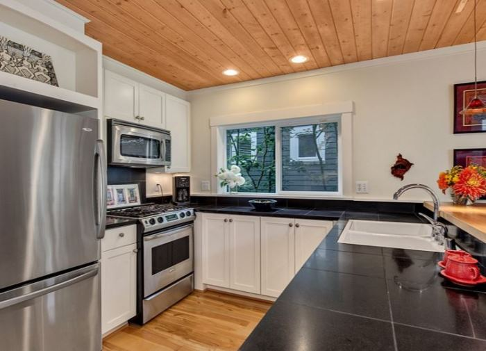 Kitchen in Cottage Home