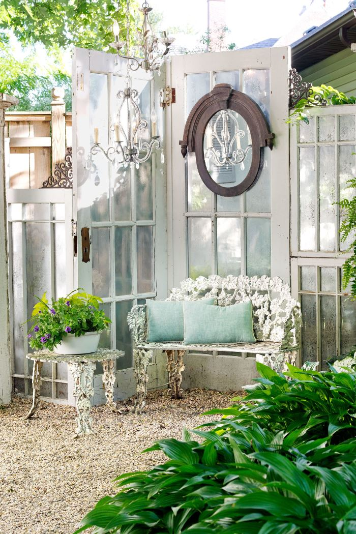 Build a greenhouse or potting garden shed from old windows for Building a garden room