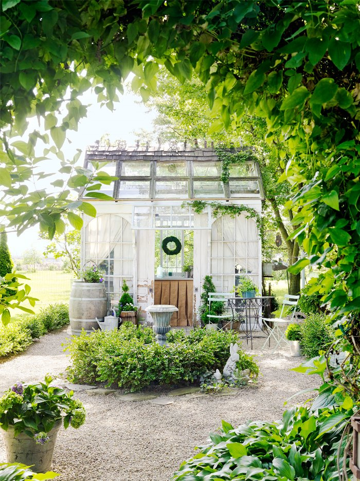 Build A Greenhouse Or Potting Garden Shed From Old Windows