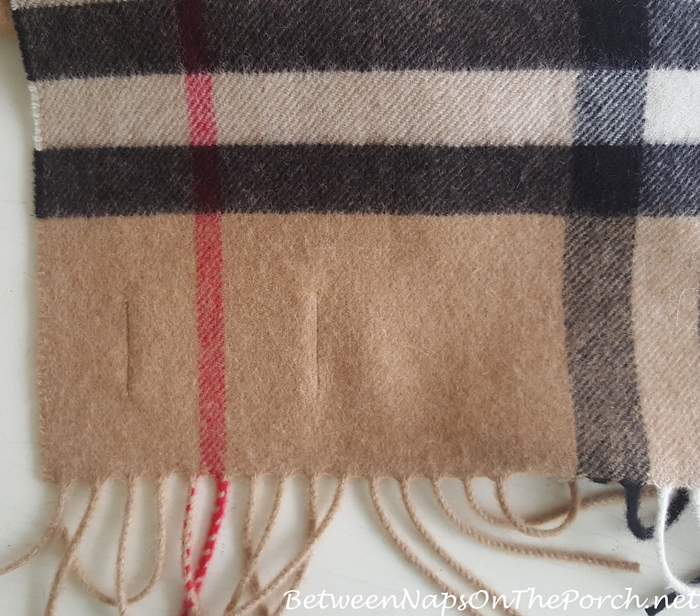 Real Burberry Scarf vs Fake Burberry Scarf, The Differences