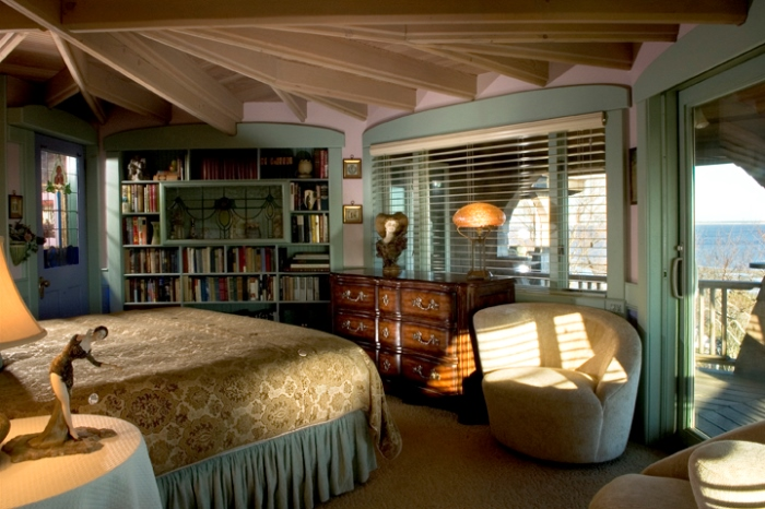The Library Room, Lands End Inn