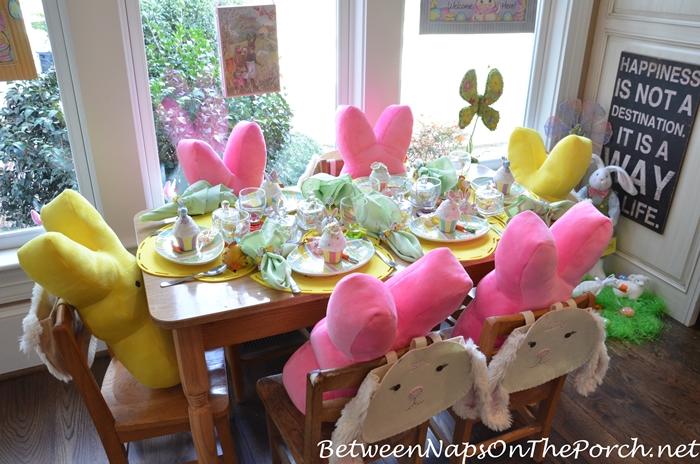 Childrenu0027s Easter Table Setting 2