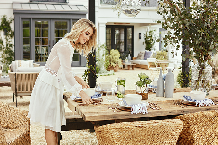 Julianne Hough Sets Outdoor Table at Her Home