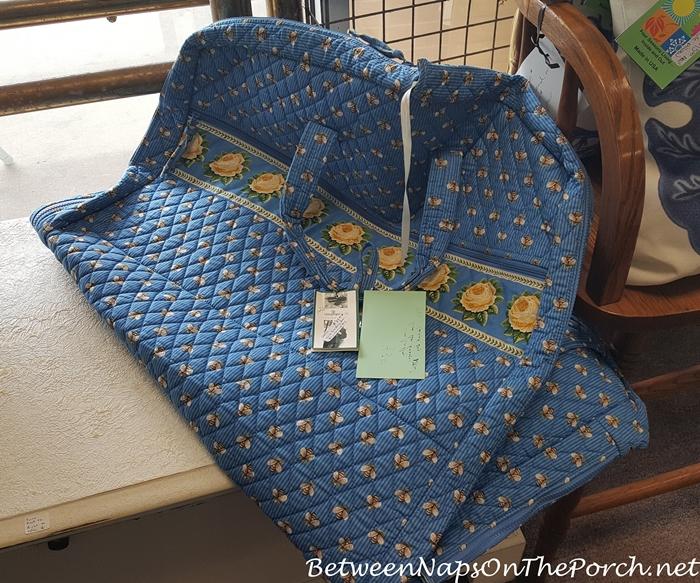 Vera Bradley Garment Bag with Bee Floral Pattern
