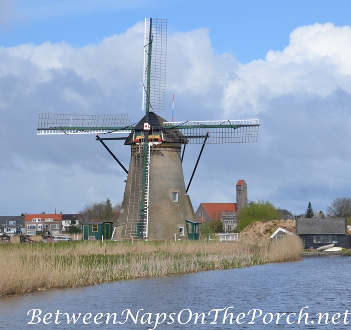 Windmill in Kinderdijk, April 2016