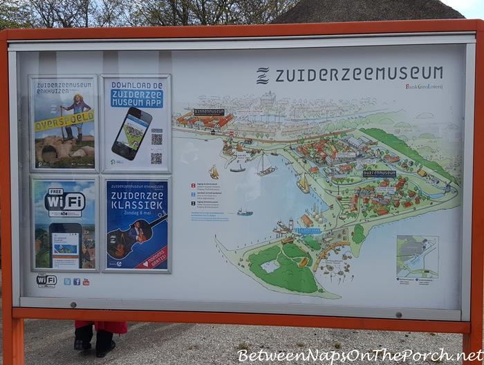 Zuiderzee Museum Village, Enkhuizen, Holland, Netherlands 02_wm