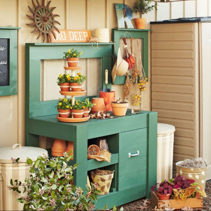 Aqua Turquoise Green Potting Bench form Lowes