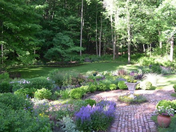 Beautiful Garden with Brick Walkways