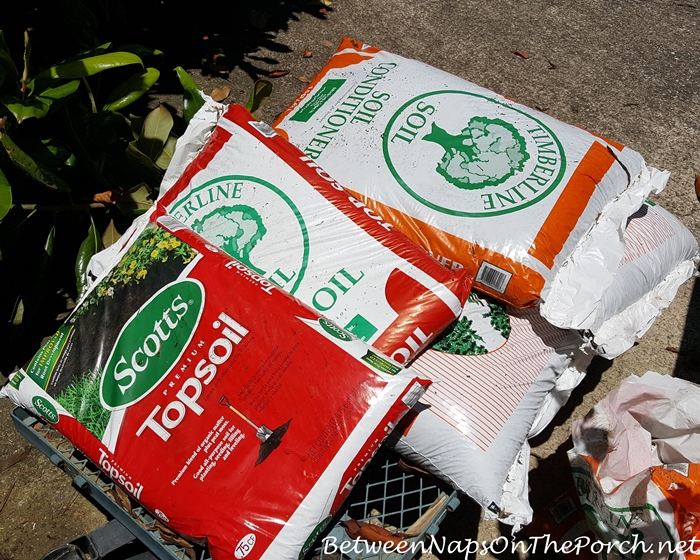 Soil Conditioner and Top Soil