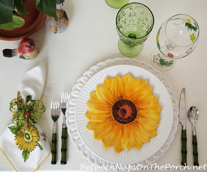 Sunflower Salad Plates, Sunflower Napkins, Spring Tablescape