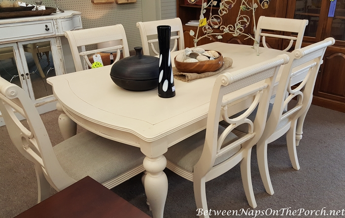 Cream white Table & Chairs