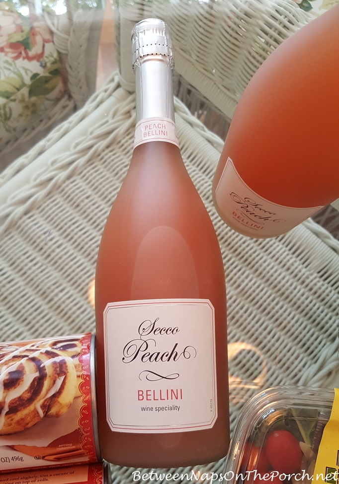 Peach Bellini, Perfect for Summer Parties