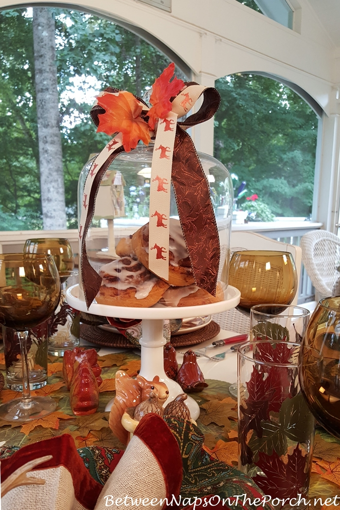 Centerpiece Ideas for an Autumn Table