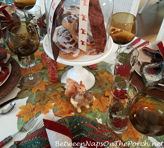 Create a pretty table for fall entertaining