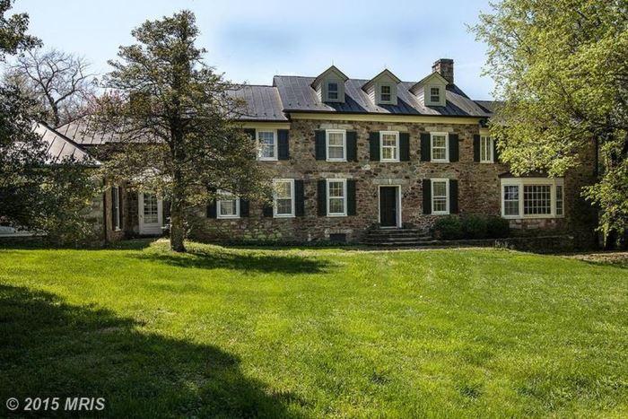 Elizabeth Taylor and Senator John Warner's Virigina Home