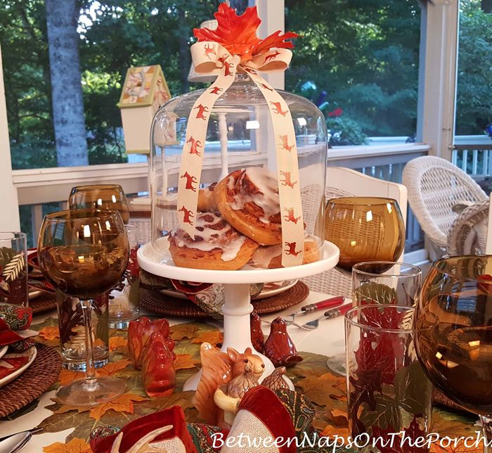 Fall Decorating for an Autumn Tablescape