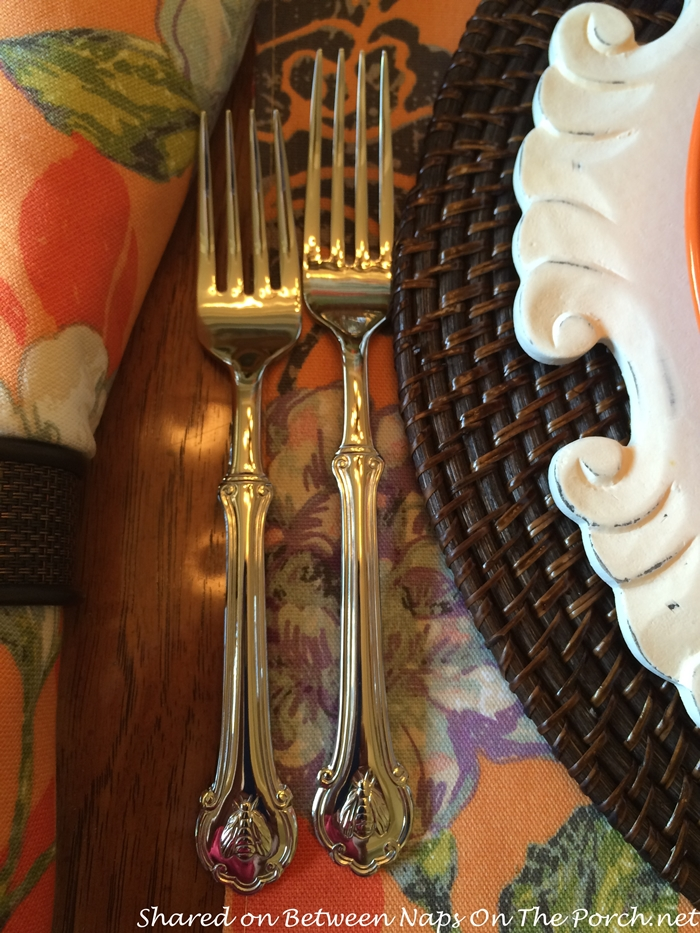Napoleon Bee Flatware