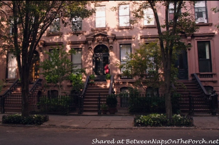 New York Neighborhood in movie, The Intern
